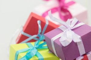 gifts-570821_960_720